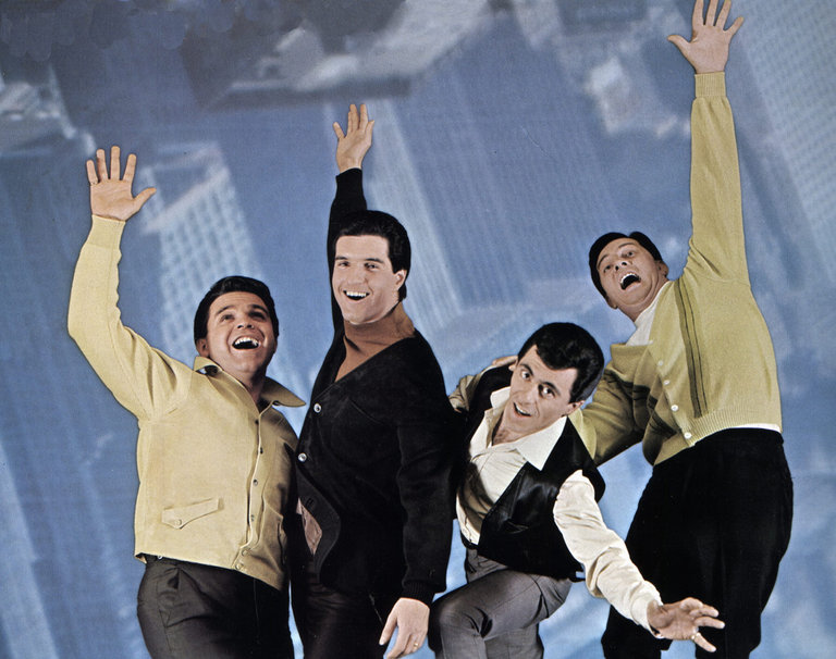 Photo of Frankie VALLI and FOUR SEASONS