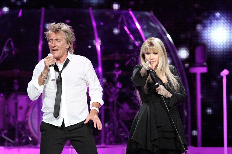 Rod Stewart And Stevie Nicks In Concert
