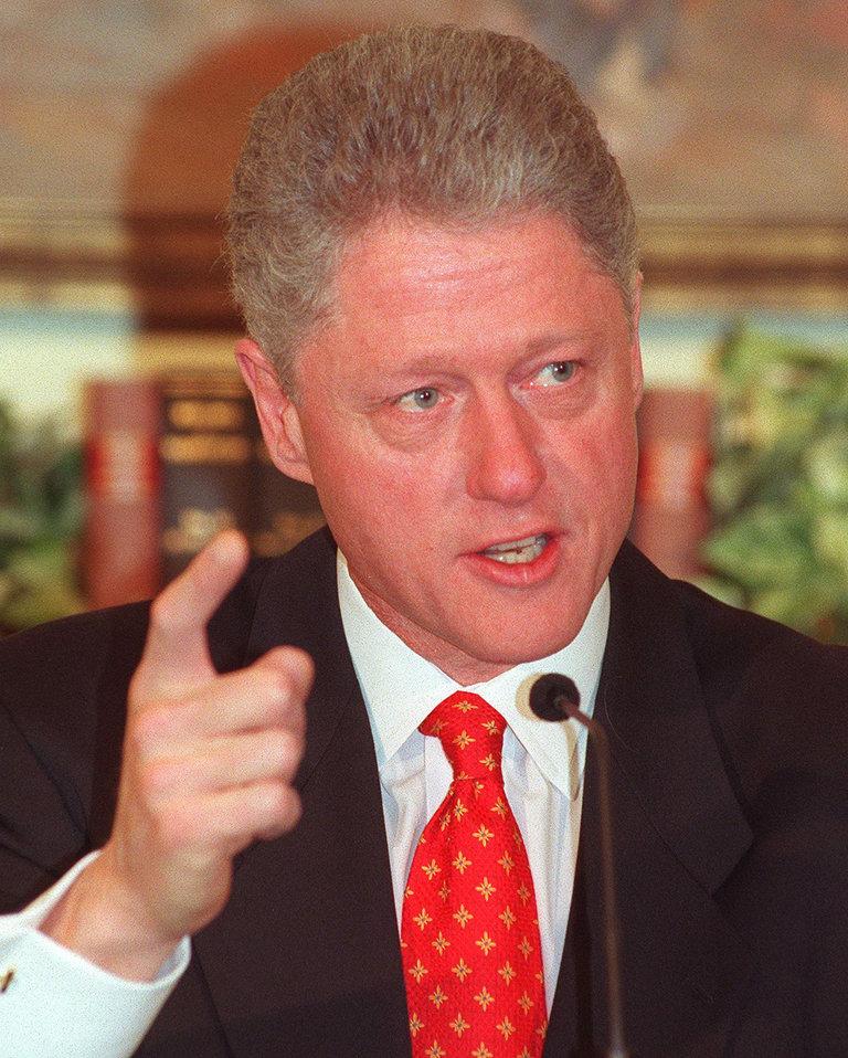 US President Bill Clinton speaks to reporters 26 J