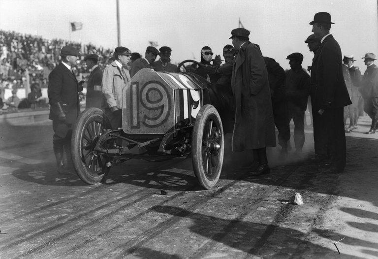 The Savannah Races, 1910