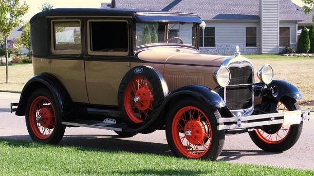 1928 - Ford, Model A Fordor Briggs A60 (Leatherback)
