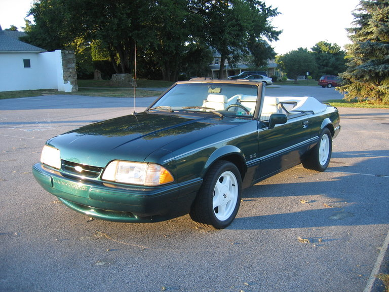 1990 - Ford, Mustang 25th Anniversary  (7UP-CAR)