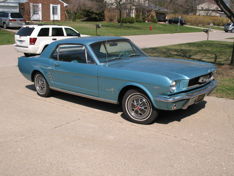 1966 - Ford, Mustang