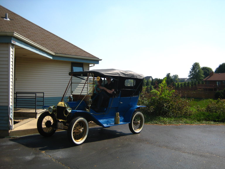 1911 - Ford, Model T touring