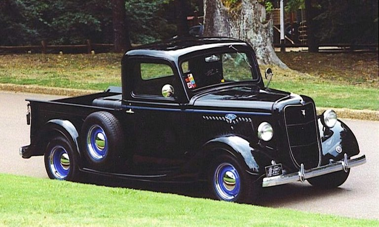 1935 - Ford, F-100