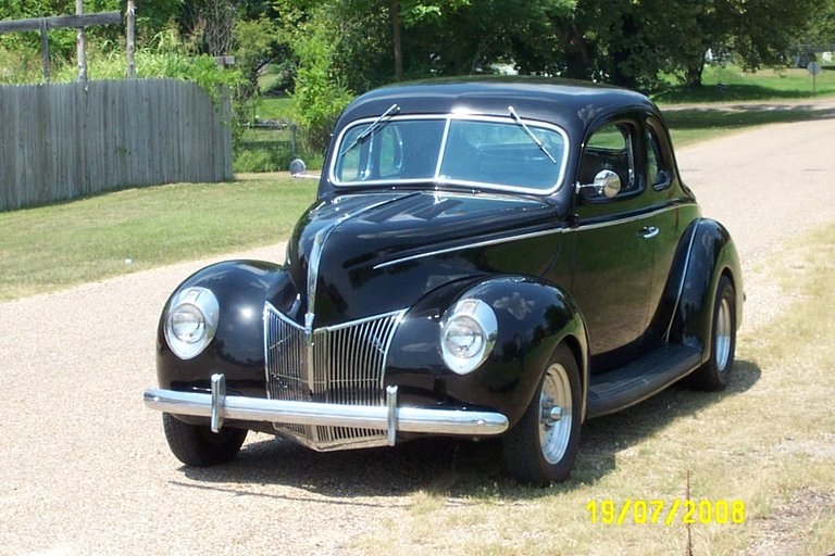 1939 - Ford, 2  Door  Coupe