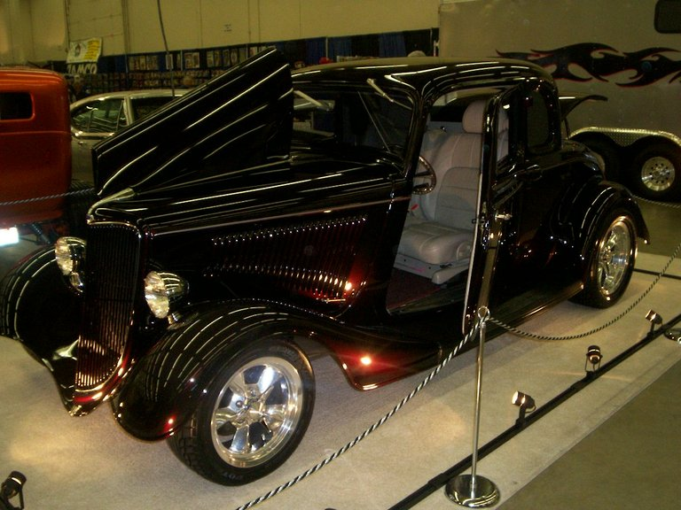 1934 - Ford, Five Window Coupe