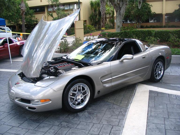 2001 - Chevrolet, Corvette