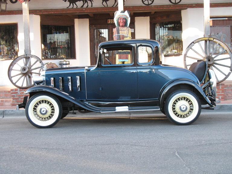 1932 - Chevrolet, %window Sport Coupe