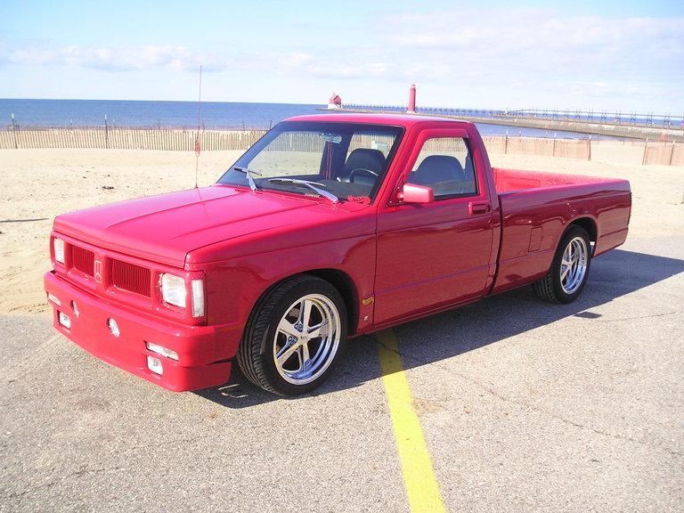 1987 - Chevy, S-10 2WD Long Box Pickup