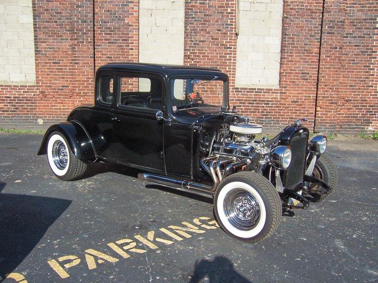 1932 - CHEVROLET, 5 WINDOW COUPE