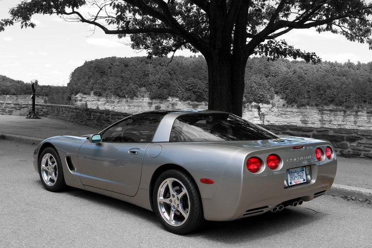 2001 - Chevrolet, Corvette Coupe