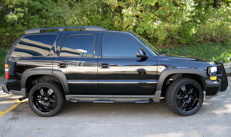 2005 - chevy, tahoe z71