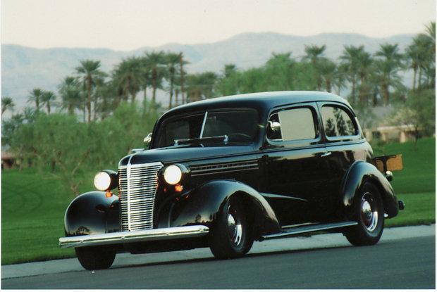 1938 - Chevrolet, 2 Door Sedan