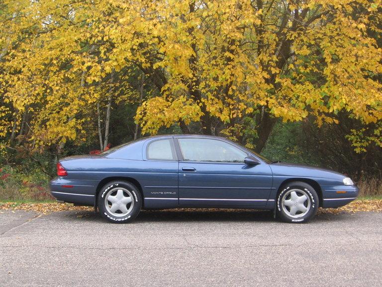 1995 - Chevy, Monte Carlo