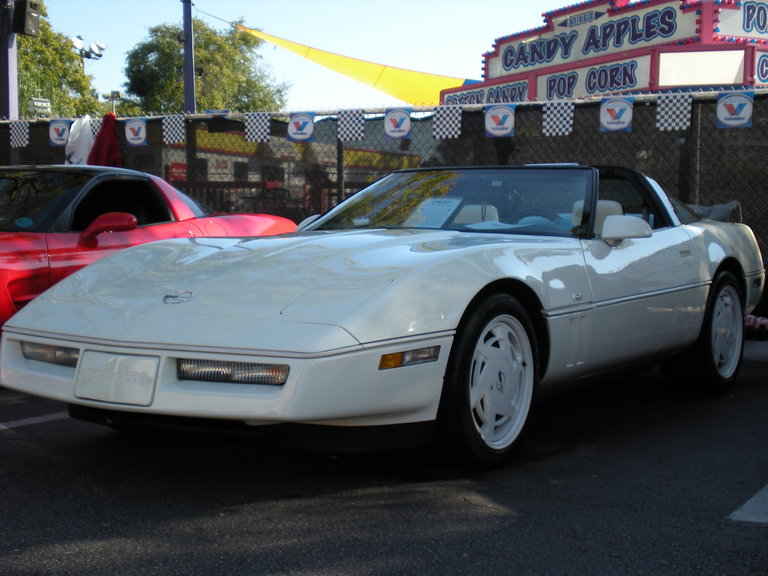 1988 - Chevrolet, 35th Anniversary Corvette