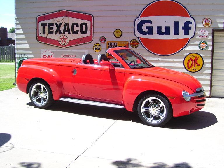 2005 - Chevy, S S R