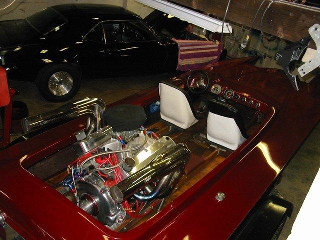 6995 - pontiac / cheyenne tunnel hull jet boat, firebird