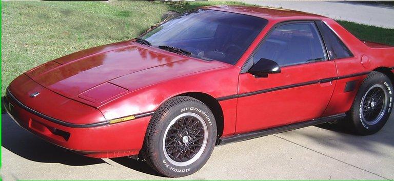 1987 - Pontiac, Fiero