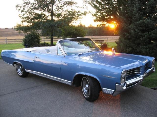 1964 - Pontiac, Bonneville Convertible