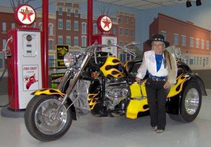 2001 - Boss Hoss, Trike