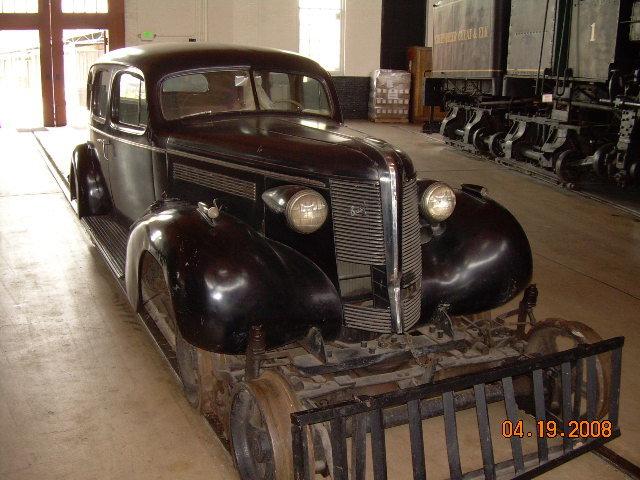 1938 - Buick, Rail Road Car