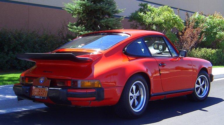 1975 - Porsche, 911 Carrera Sunroof Coupe