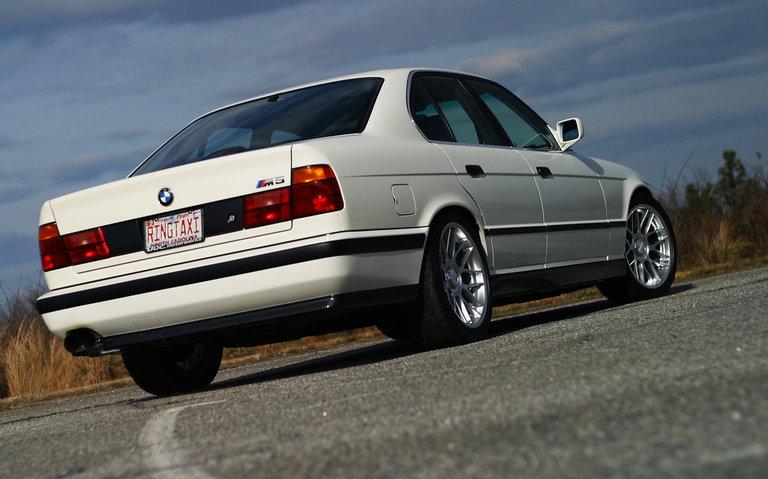 1991 - BMW, M5