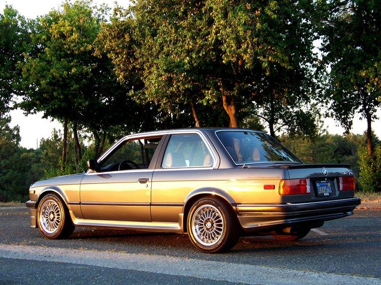 1984 - BMW, 327S