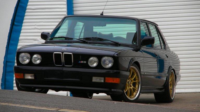 1988 - BMW - BMW