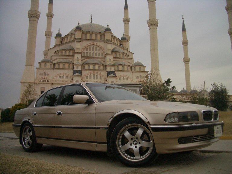 1994 - BMW, 740i