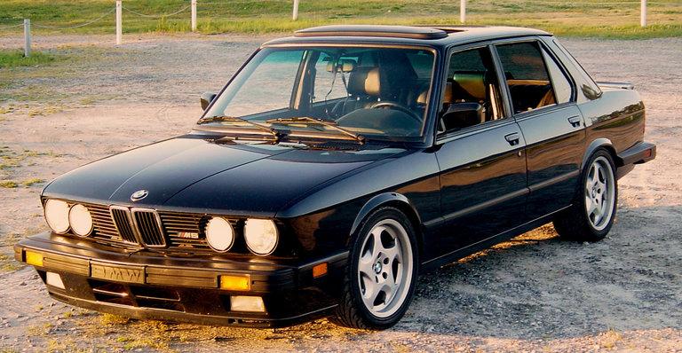 1988 - BMW, M5