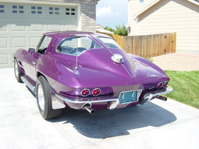 1963 - Corvette-Split Window, Sting Ray