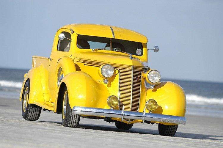 1937 - Studebaker, Coupe Express Pickup (Model J5)