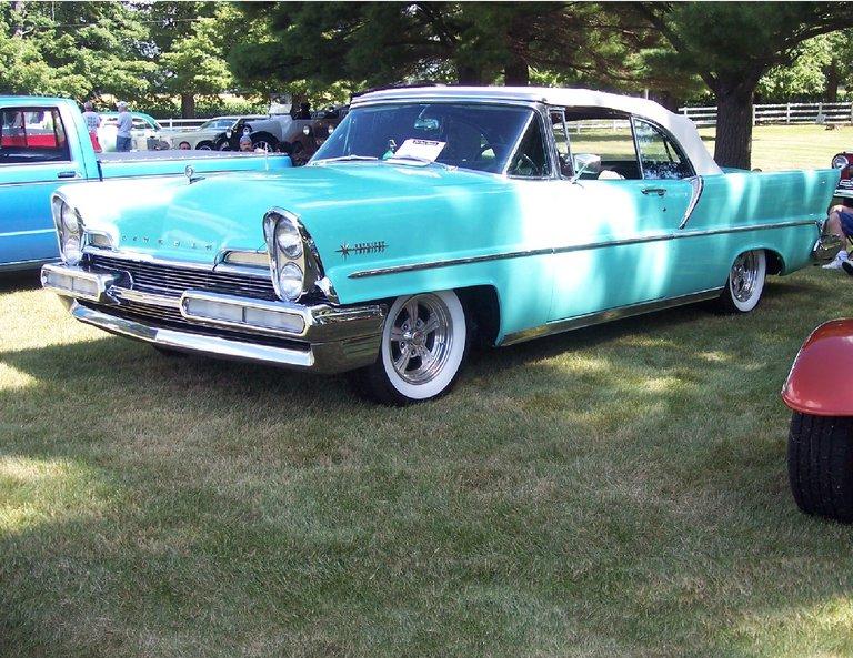 1957 - Lincoln, convertable