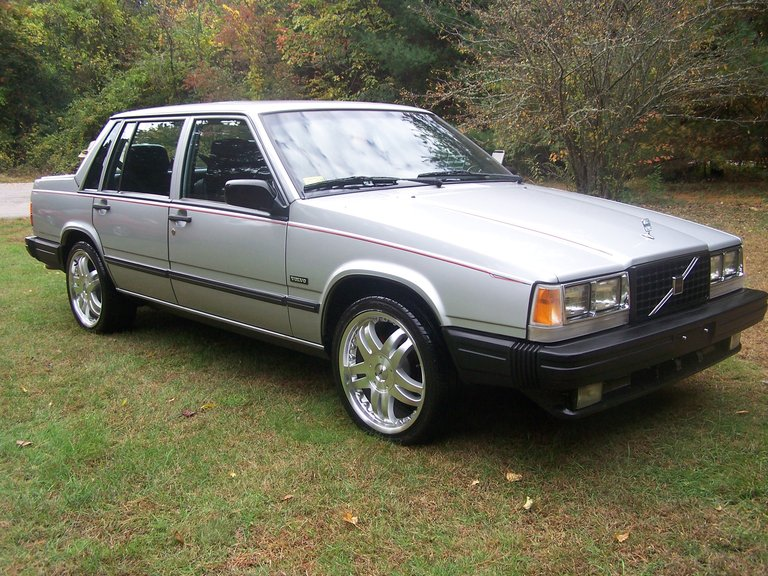 1989 - Volvo, 740T