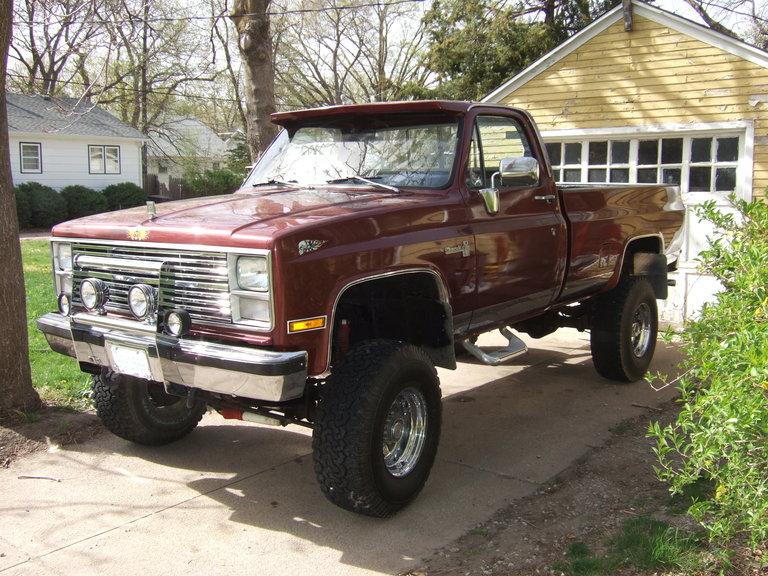 1983 - GMC, C15 4x4 truck