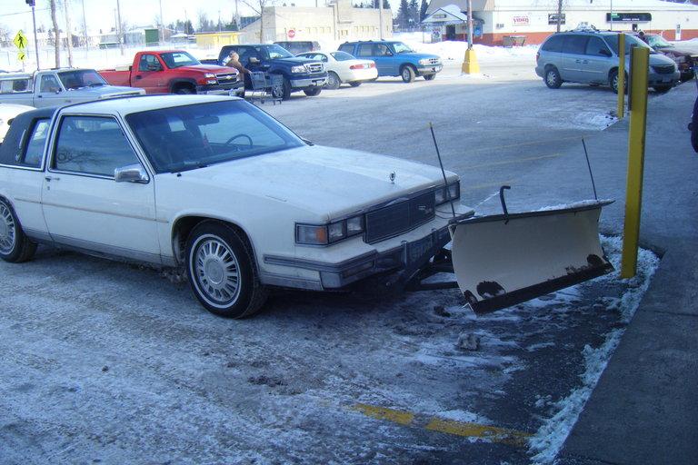 1111 - GM, Caddy Snowplow