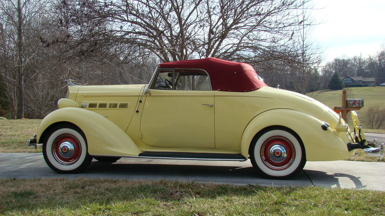 1937 - Packard, 115C Convertible Coupe