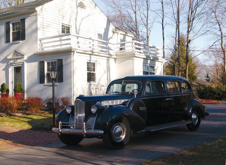 1940 - Packard, 180 Touring Sedan
