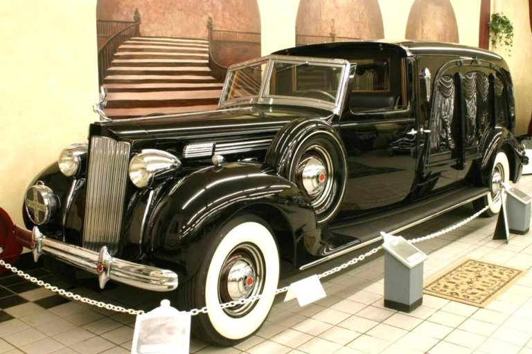 1938 - Packard, Formal Town Car Hearse