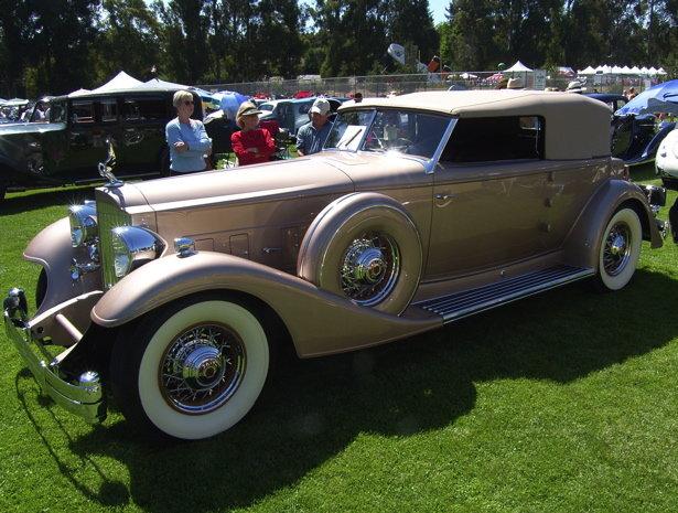 1933 - Packard, 1006 Twelve Convertible Victoria by Dietrich