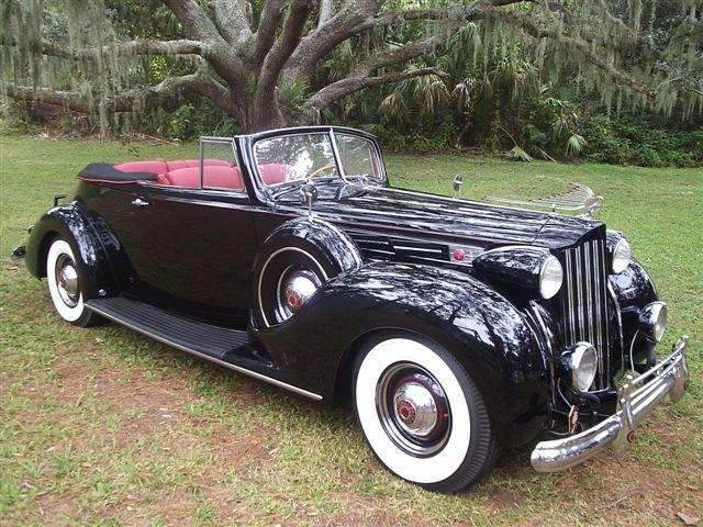 1939 - Packard, 1707 Convertible Victoria