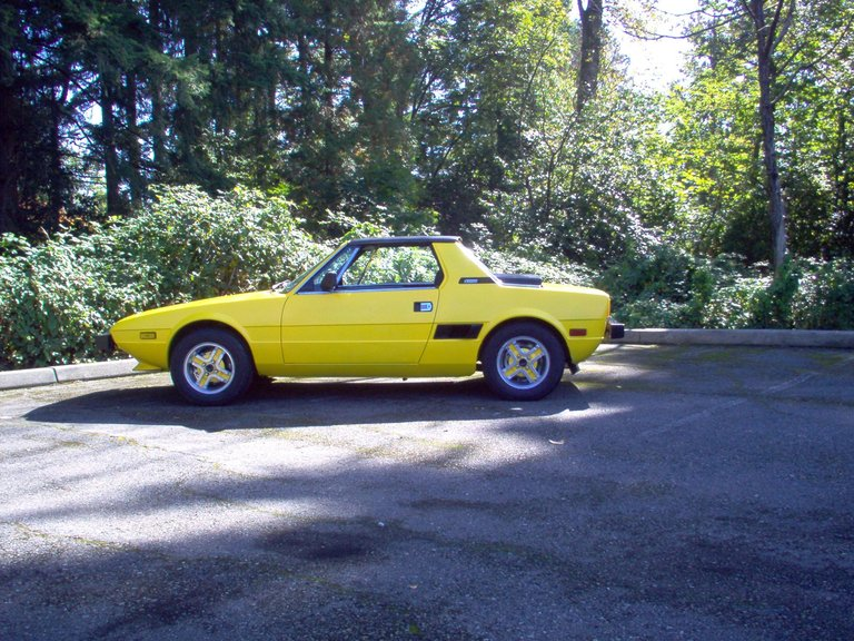 Jay leno 39 s garage fiat photo 396656 for Garage fiat coignieres 78