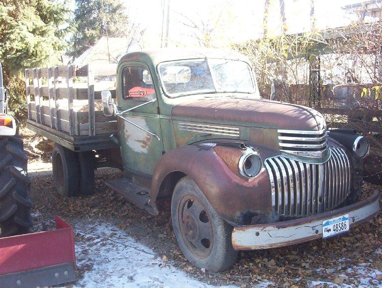 1946 - Chevrolet - Trucks