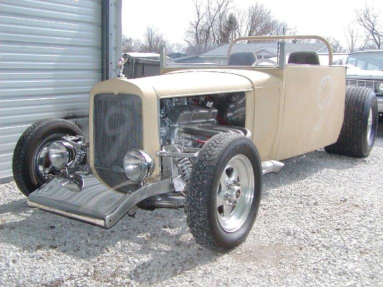 1932 - Chevrolet - Trucks