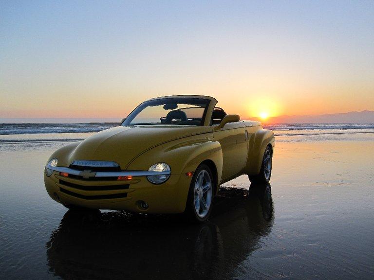 2005 - Chevrolet - Trucks