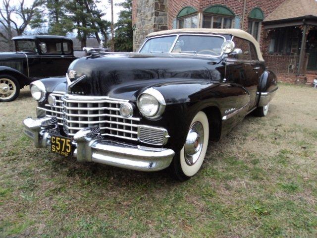 1942 - Cadillac - Classics