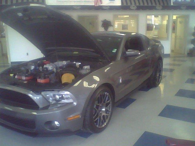 2011 - Ford (Full) - Mustang