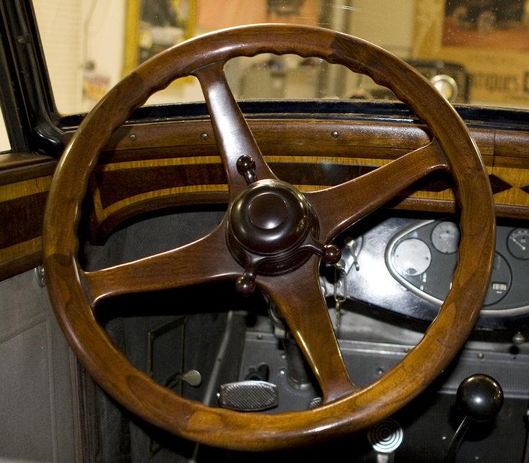Jay Leno's Garage: The Steering Wheel Photo: 409071